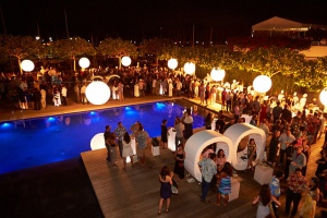 TMH_FoodandWineFestival_pool